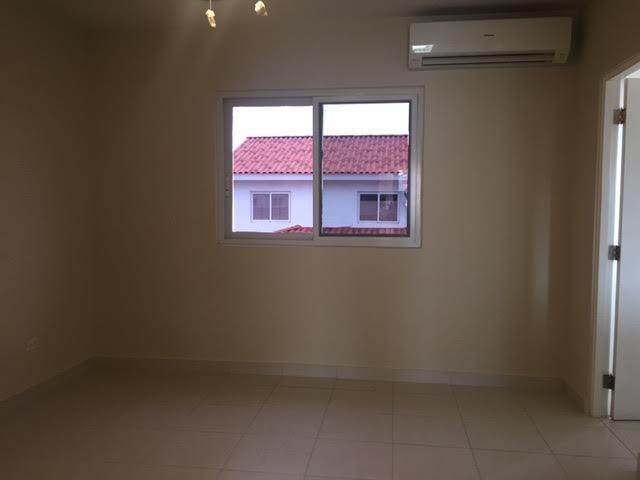 PANAMA VIP10, S.A. Casa en Venta en Versalles en Panama Código: 17-5281 No.6