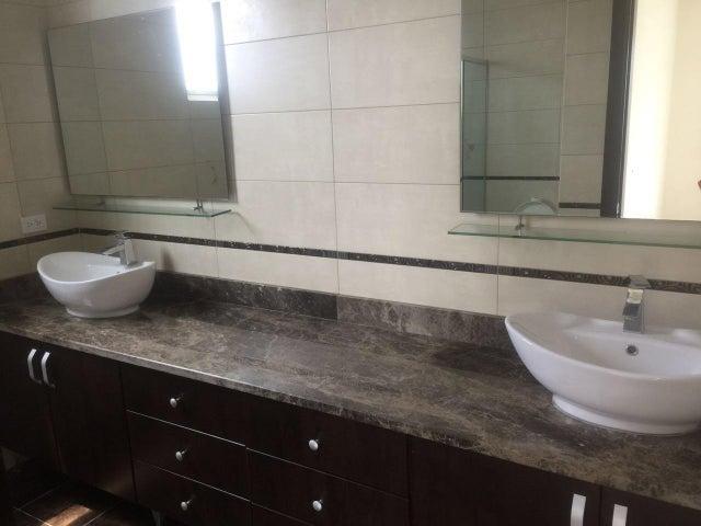 PANAMA VIP10, S.A. Apartamento en Alquiler en Costa del Este en Panama Código: 17-5296 No.7
