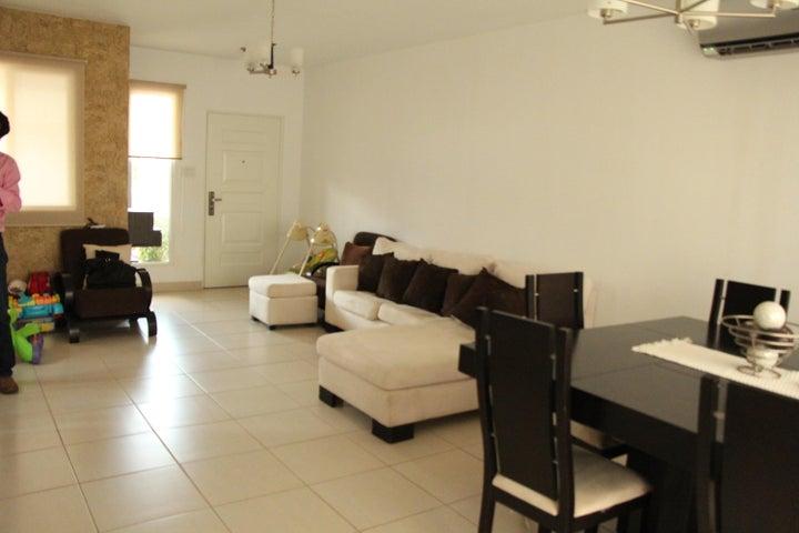 PANAMA VIP10, S.A. Casa en Venta en Brisas Del Golf en Panama Código: 17-5613 No.5