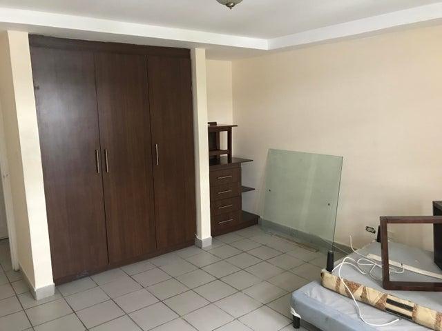 PANAMA VIP10, S.A. Apartamento en Venta en El Carmen en Panama Código: 16-1899 No.6