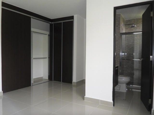PANAMA VIP10, S.A. Apartamento en Venta en Ancon en Panama Código: 17-5444 No.9