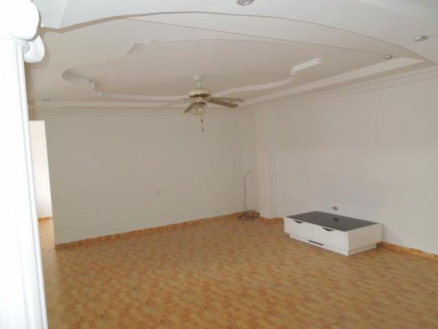 PANAMA VIP10, S.A. Casa en Venta en Brisas Del Golf en Panama Código: 17-5443 No.8