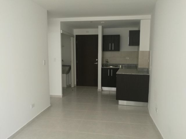 PANAMA VIP10, S.A. Apartamento en Alquiler en Avenida Balboa en Panama Código: 17-5464 No.3