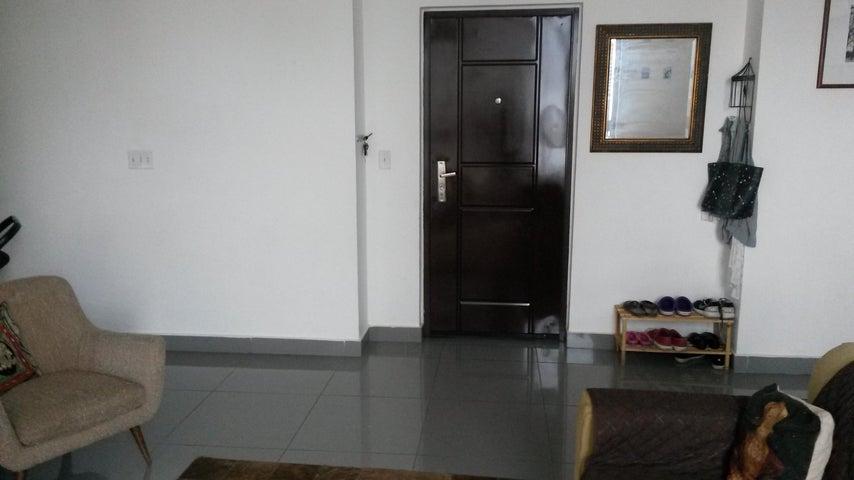 PANAMA VIP10, S.A. Apartamento en Venta en San Francisco en Panama Código: 17-5489 No.5