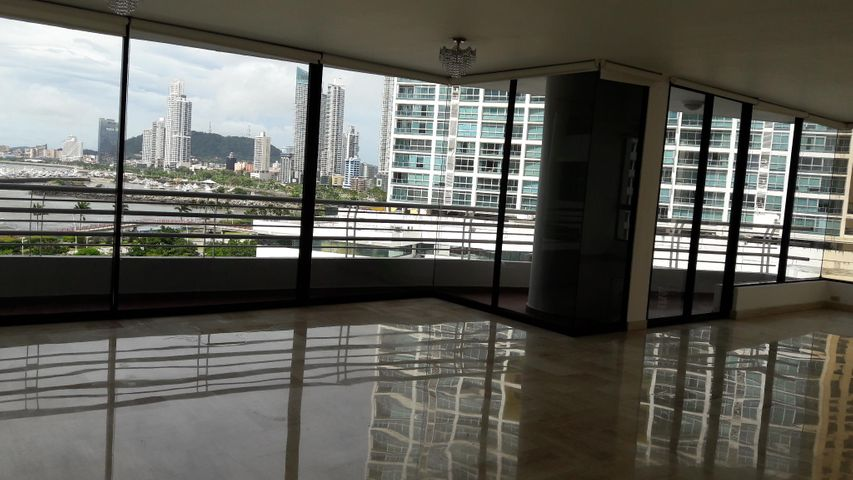 PANAMA VIP10, S.A. Apartamento en Alquiler en Avenida Balboa en Panama Código: 17-5508 No.9