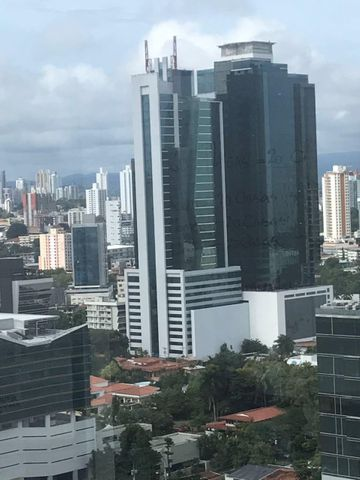 PANAMA VIP10, S.A. Oficina en Venta en Obarrio en Panama Código: 17-5522 No.2