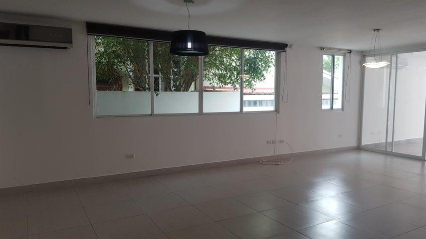 PANAMA VIP10, S.A. Casa en Venta en Altos de Panama en Panama Código: 16-2560 No.3