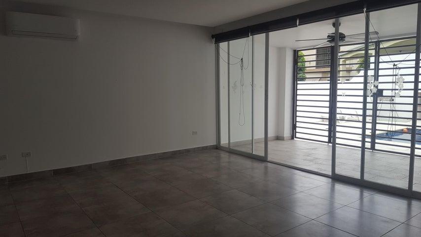 PANAMA VIP10, S.A. Casa en Venta en Altos de Panama en Panama Código: 16-2560 No.4