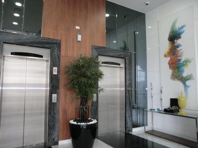PANAMA VIP10, S.A. Apartamento en Alquiler en Via Espana en Panama Código: 17-5602 No.1