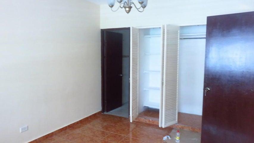 PANAMA VIP10, S.A. Apartamento en Alquiler en Obarrio en Panama Código: 17-5606 No.2