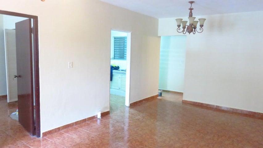 PANAMA VIP10, S.A. Apartamento en Alquiler en Obarrio en Panama Código: 17-5606 No.3