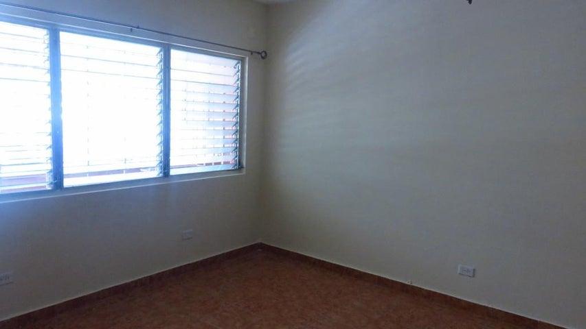 PANAMA VIP10, S.A. Apartamento en Alquiler en Obarrio en Panama Código: 17-5606 No.8