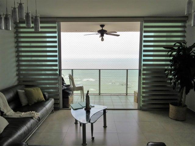 PANAMA VIP10, S.A. Apartamento en Venta en San Francisco en Panama Código: 17-5620 No.5