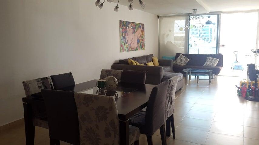 PANAMA VIP10, S.A. Apartamento en Alquiler en El Cangrejo en Panama Código: 17-5619 No.4