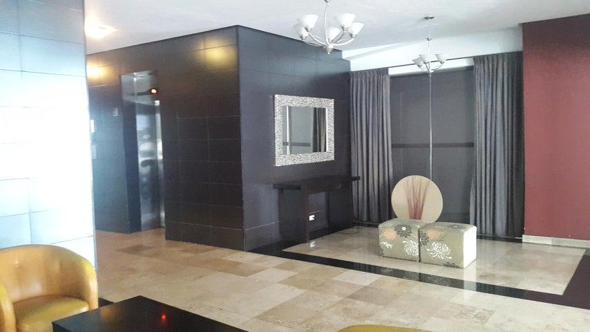 PANAMA VIP10, S.A. Apartamento en Alquiler en El Cangrejo en Panama Código: 17-5619 No.2
