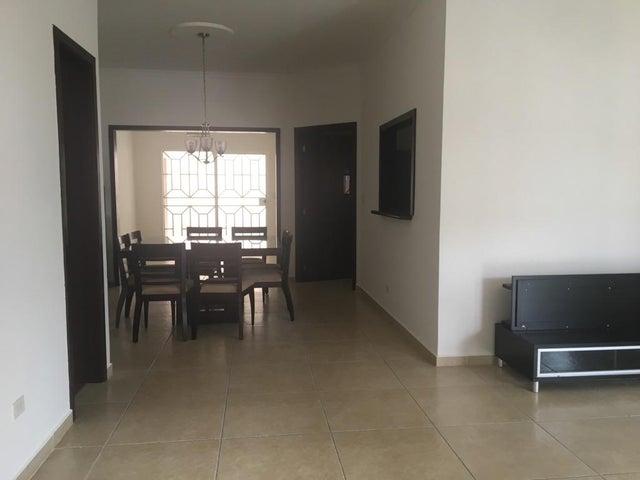 PANAMA VIP10, S.A. Casa en Venta en Altos de Panama en Panama Código: 17-5642 No.3