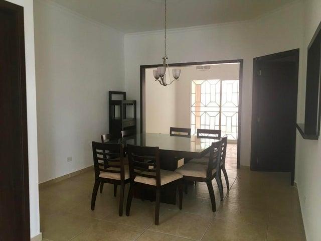 PANAMA VIP10, S.A. Casa en Venta en Altos de Panama en Panama Código: 17-5642 No.4