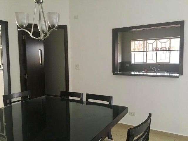 PANAMA VIP10, S.A. Casa en Venta en Altos de Panama en Panama Código: 17-5642 No.5