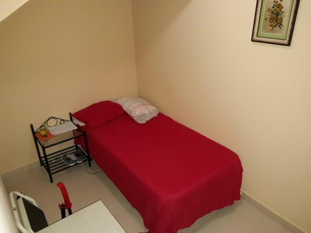 PANAMA VIP10, S.A. Casa en Venta en Altos de Panama en Panama Código: 17-5648 No.8