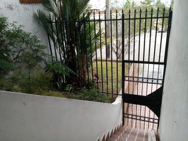 PANAMA VIP10, S.A. Casa en Venta en Betania en Panama Código: 17-5650 No.5