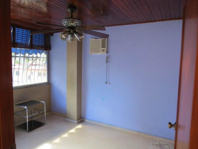 PANAMA VIP10, S.A. Apartamento en Venta en San Francisco en Panama Código: 17-5656 No.4