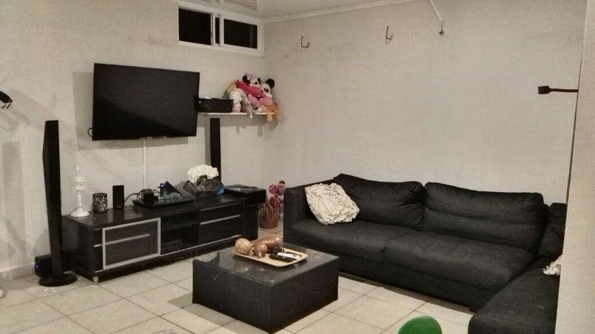 PANAMA VIP10, S.A. Apartamento en Alquiler en 12 de Octubre en Panama Código: 17-5666 No.7