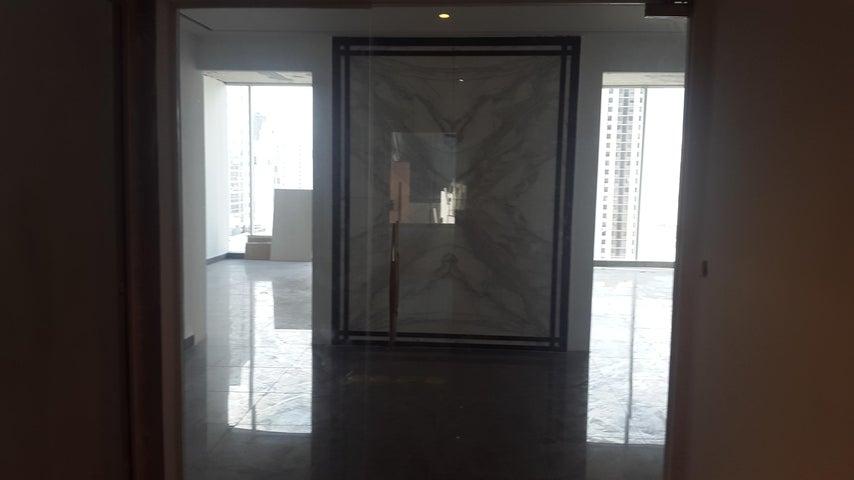 PANAMA VIP10, S.A. Oficina en Venta en Obarrio en Panama Código: 17-5673 No.6