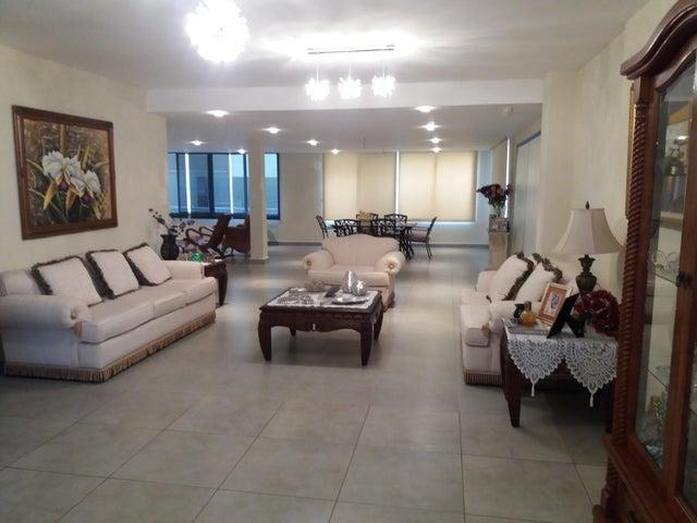 PANAMA VIP10, S.A. Casa en Venta en Brisas Del Golf en Panama Código: 17-5695 No.1