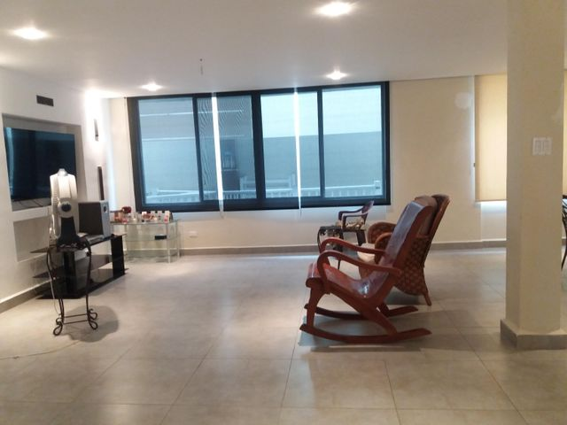 PANAMA VIP10, S.A. Casa en Venta en Brisas Del Golf en Panama Código: 17-5695 No.4