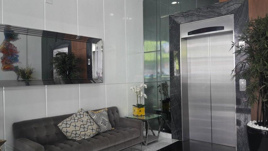PANAMA VIP10, S.A. Apartamento en Alquiler en Via Espana en Panama Código: 17-5706 No.1