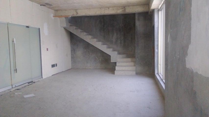PANAMA VIP10, S.A. Oficina en Venta en Obarrio en Panama Código: 17-5886 No.5
