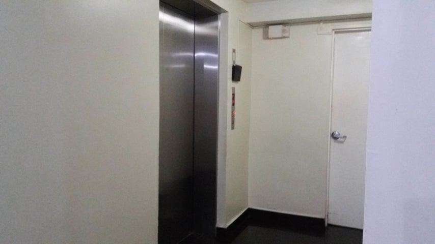 PANAMA VIP10, S.A. Apartamento en Alquiler en Via Espana en Panama Código: 17-5767 No.3