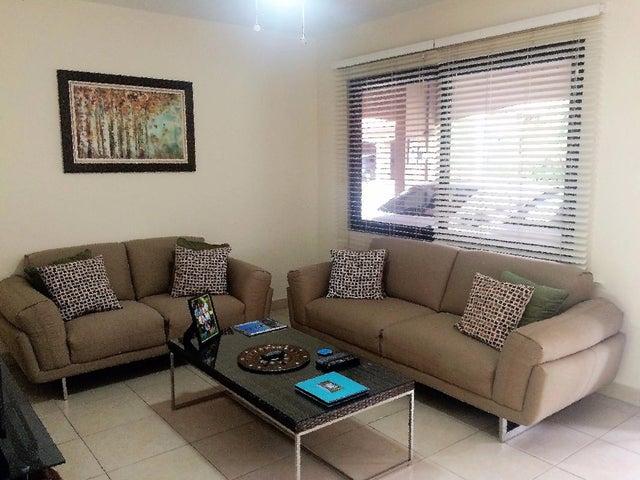 PANAMA VIP10, S.A. Casa en Venta en Versalles en Panama Código: 17-5774 No.1