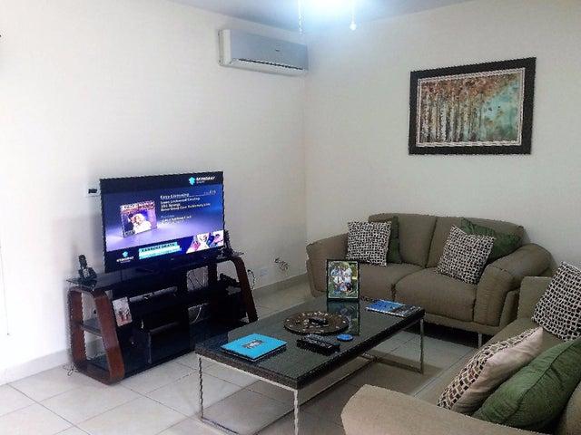 PANAMA VIP10, S.A. Casa en Venta en Versalles en Panama Código: 17-5774 No.2