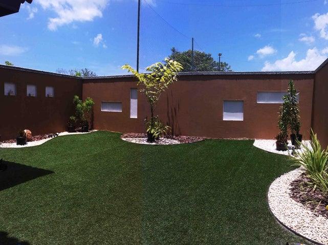 PANAMA VIP10, S.A. Casa en Venta en Versalles en Panama Código: 17-5774 No.8