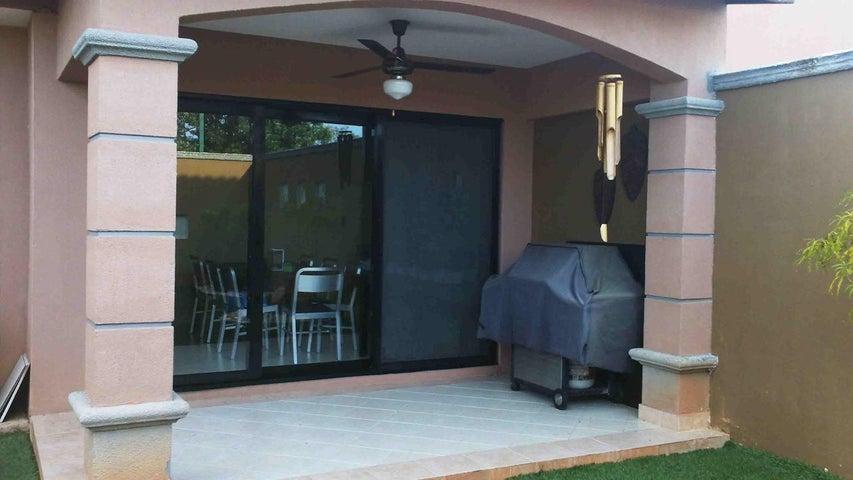 PANAMA VIP10, S.A. Casa en Venta en Versalles en Panama Código: 17-5774 No.7