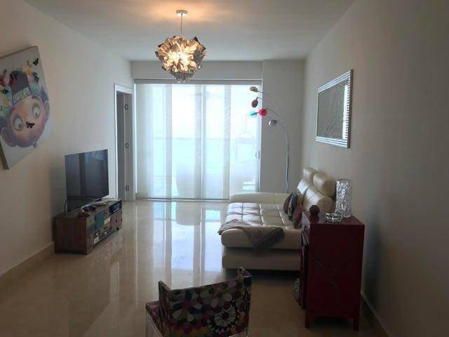 PANAMA VIP10, S.A. Apartamento en Alquiler en Avenida Balboa en  Código: 17-5828 No.3