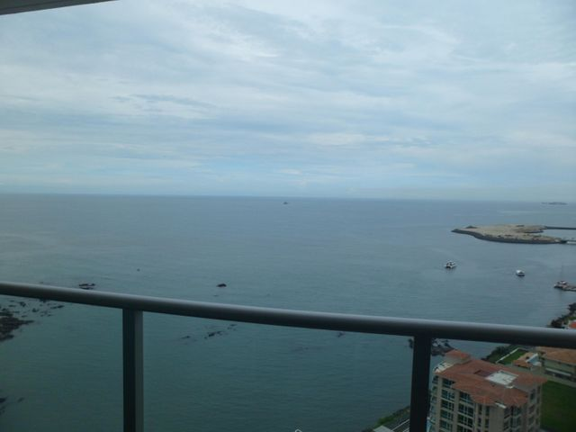 PANAMA VIP10, S.A. Apartamento en Alquiler en Punta Pacifica en Panama Código: 17-5782 No.1