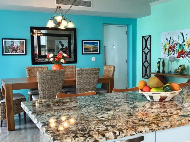 PANAMA VIP10, S.A. Apartamento en Venta en San Carlos en San Carlos Código: 17-5793 No.1