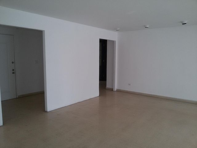 PANAMA VIP10, S.A. Apartamento en Alquiler en Paitilla en Panama Código: 17-5799 No.8