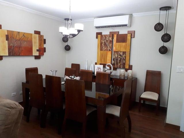 PANAMA VIP10, S.A. Apartamento en Venta en Punta Pacifica en Panama Código: 17-5802 No.5