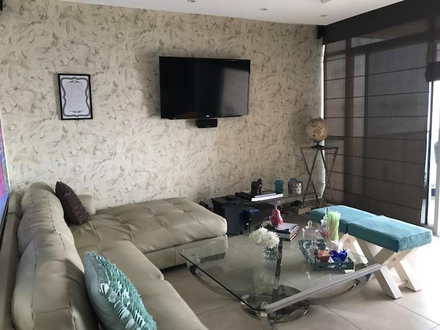PANAMA VIP10, S.A. Apartamento en Venta en San Francisco en Panama Código: 17-5819 No.2