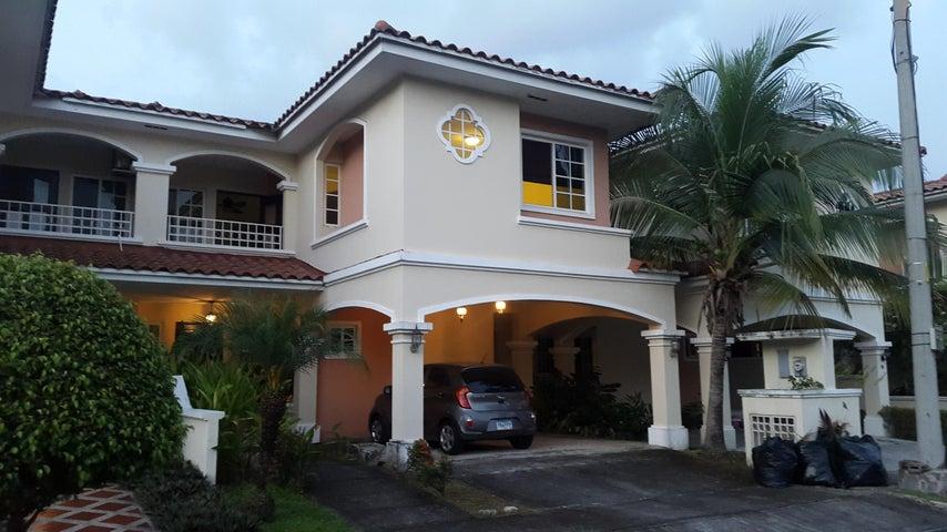 Casa en Alquiler en Costa Sur