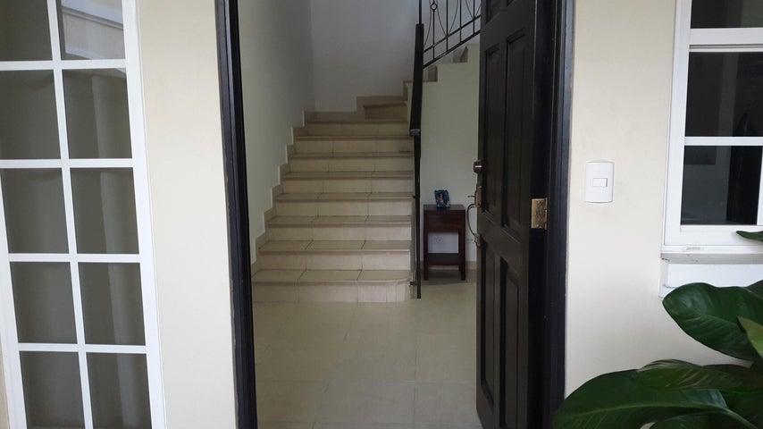 PANAMA VIP10, S.A. Casa en Alquiler en Costa Sur en Panama Código: 17-5825 No.2