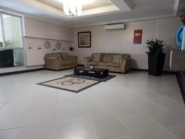 PANAMA VIP10, S.A. Apartamento en Venta en Costa del Este en Panama Código: 17-5840 No.1