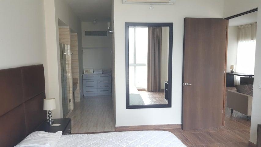 PANAMA VIP10, S.A. Apartamento en Alquiler en Obarrio en Panama Código: 17-5841 No.6