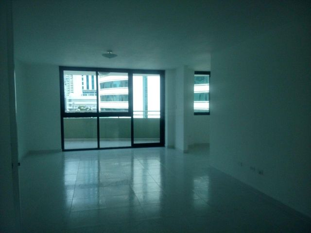 PANAMA VIP10, S.A. Apartamento en Venta en Marbella en Panama Código: 17-5839 No.6