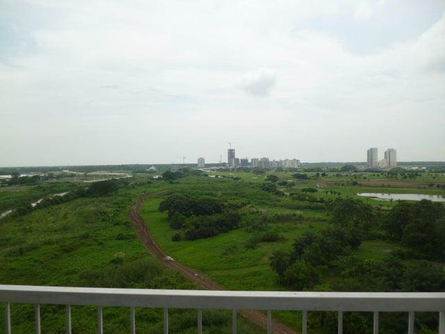 PANAMA VIP10, S.A. Apartamento en Alquiler en Llano Bonito en Panama Código: 17-5881 No.8