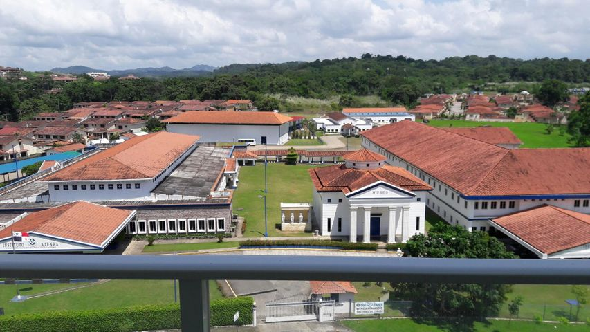 PANAMA VIP10, S.A. Apartamento en Venta en Albrook en Panama Código: 17-5892 No.2