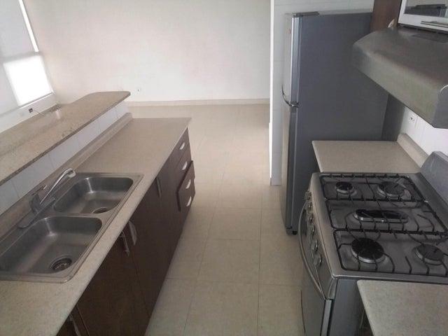 PANAMA VIP10, S.A. Apartamento en Venta en San Francisco en Panama Código: 17-5893 No.8